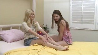 Hottest Fingering clip with Shaved,College scenes